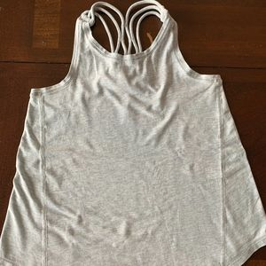 IVIVVA loose fitting tank top